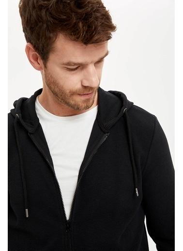 DeFacto Kapüşonlu Fermuarlı Regular Fit Sweatshirt Siyah